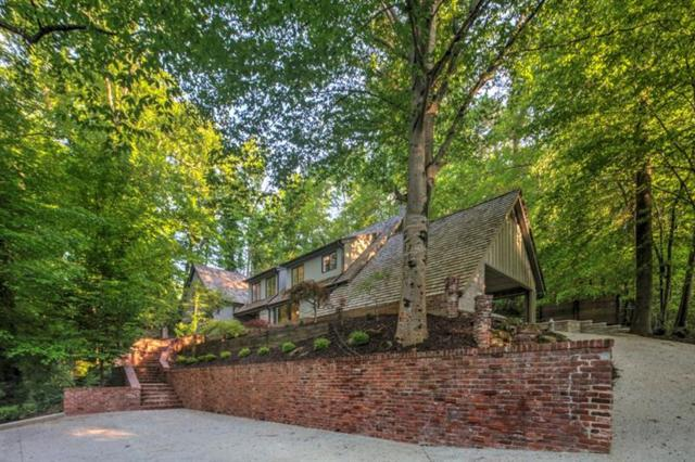 450 Valley Road NW, Atlanta, GA 30305 (MLS #6017624) :: RE/MAX Paramount Properties
