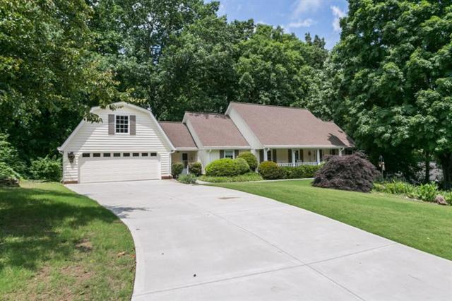 5825 Riverwood Drive, Atlanta, GA 30328 (MLS #6019688) :: The Cowan Connection Team