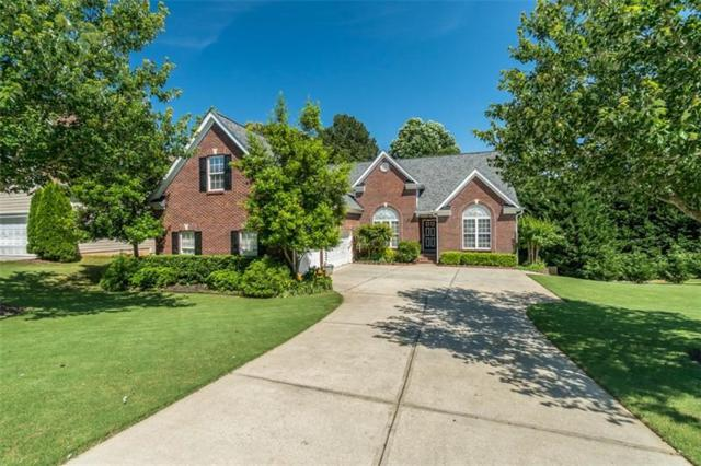3923 Suwanee Place Drive, Suwanee, GA 30024 (MLS #6023031) :: North Atlanta Home Team