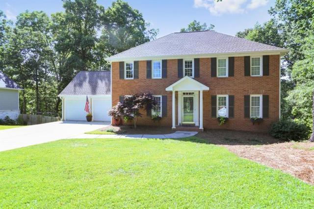 1681 Barn Swallow Place, Marietta, GA 30062 (MLS #6023974) :: RCM Brokers
