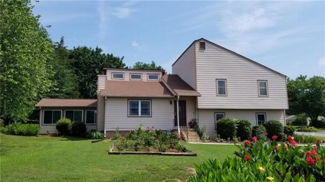 1585 Holcomb Lake Road, Marietta, GA 30062 (MLS #6026165) :: North Atlanta Home Team