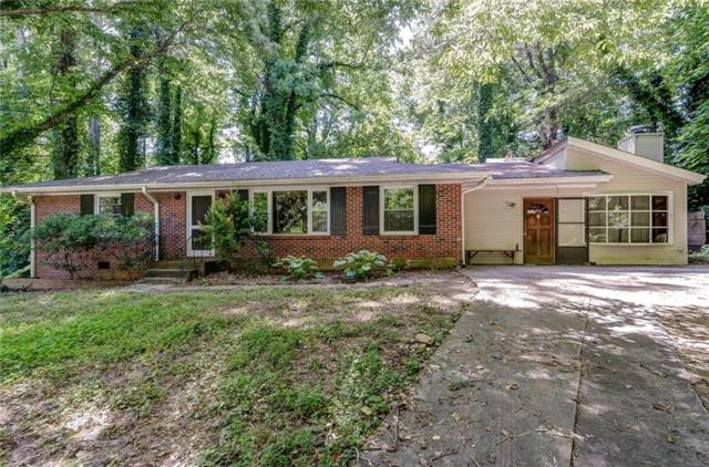 1402 Dogwood Circle SE, Smyrna, GA 30080 (MLS #6026205) :: North Atlanta Home Team