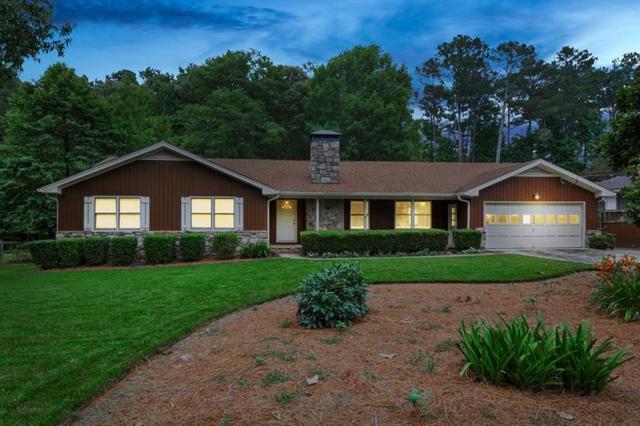 4033 Plantation Drive, Marietta, GA 30062 (MLS #6027203) :: North Atlanta Home Team
