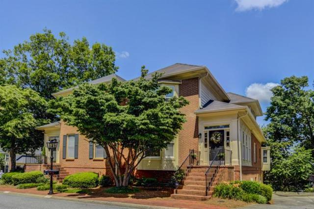 6102 Forest Hills Drive, Peachtree Corners, GA 30092 (MLS #6030452) :: Buy Sell Live Atlanta