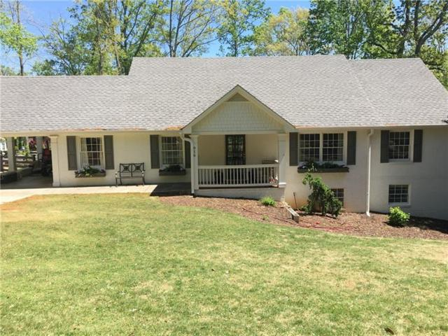 916 Chattahoochee Drive, Gainesville, GA 30501 (MLS #6031185) :: The Cowan Connection Team