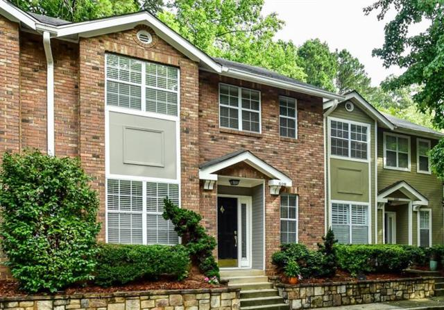 528 Woodbridge Hollow Court, Atlanta, GA 30306 (MLS #6041574) :: The Cowan Connection Team