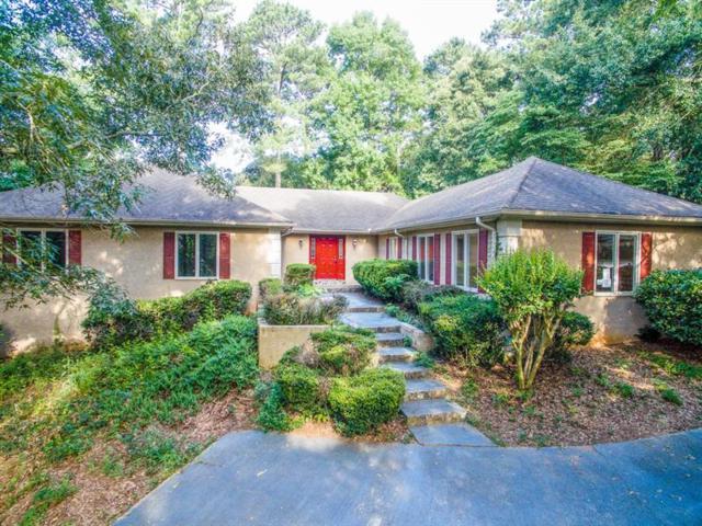 2667 Harvest Drive SE, Conyers, GA 30013 (MLS #6042305) :: RE/MAX Paramount Properties