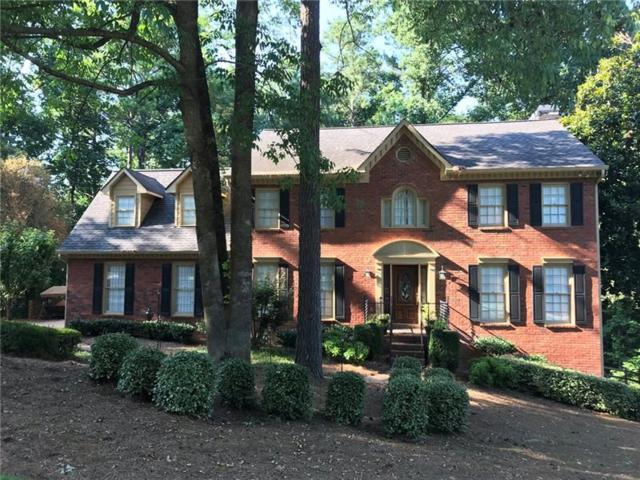 8027 Willow Tree Way, Alpharetta, GA 30005 (MLS #6043445) :: QUEEN SELLS ATLANTA