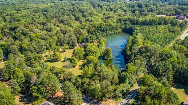 445 Hembree Road, Roswell, GA 30076 (MLS #6043512) :: The Cowan Connection Team