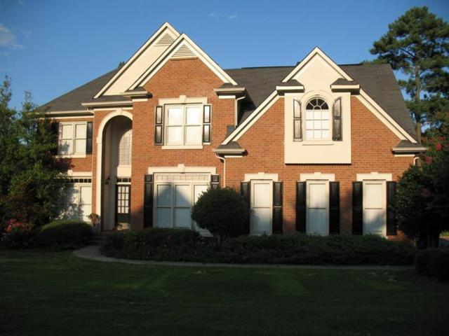 2560 Lynshire Lane, Snellville, GA 30078 (MLS #6044521) :: The Hinsons - Mike Hinson & Harriet Hinson
