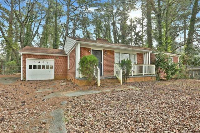 1456 Centra Villa Avenue SW, Atlanta, GA 30311 (MLS #6046781) :: Charlie Ballard Real Estate