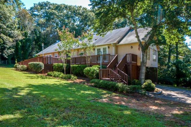 3581 Thompson Bend, Gainesville, GA 30506 (MLS #6050549) :: North Atlanta Home Team