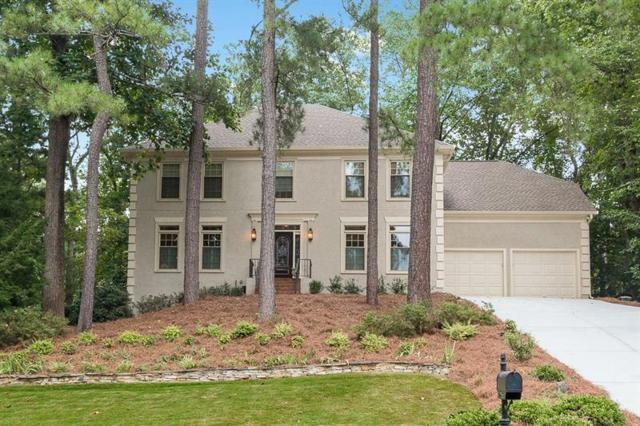 10255 Crescent Ridge Drive, Roswell, GA 30076 (MLS #6051108) :: Iconic Living Real Estate Professionals