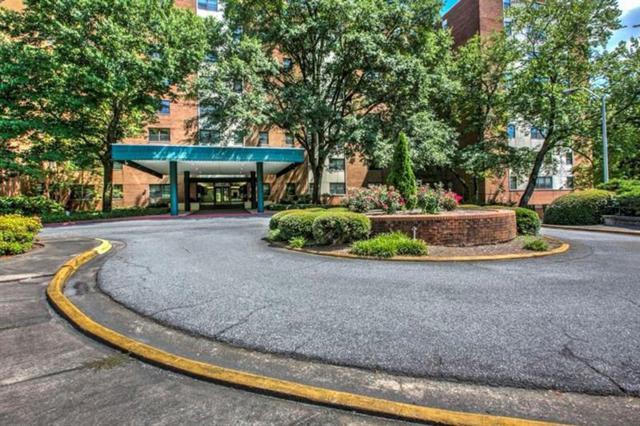 2965 S Pharr Court NW #509, Atlanta, GA 30305 (MLS #6054517) :: RCM Brokers