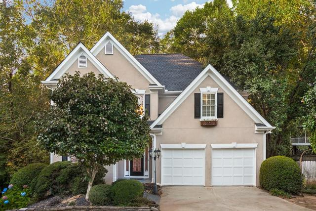 585 Oak Alley Way, Alpharetta, GA 30022 (MLS #6060406) :: The North Georgia Group