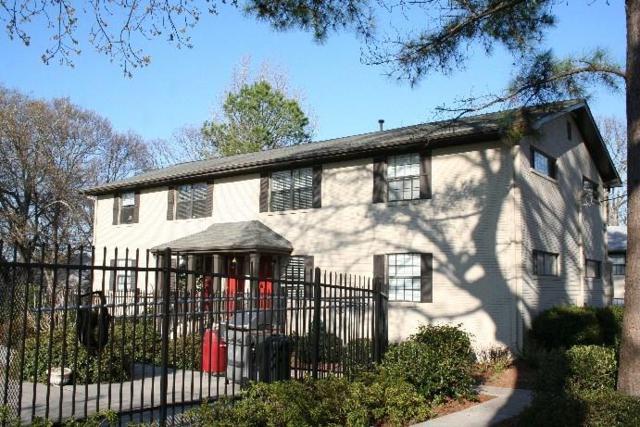 410 Candler Park Drive NE G-9, Atlanta, GA 30307 (MLS #6062029) :: North Atlanta Home Team