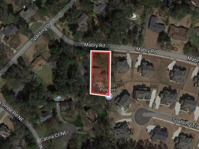 591 Mabry Road, Sandy Springs, GA 30328 (MLS #6063353) :: North Atlanta Home Team