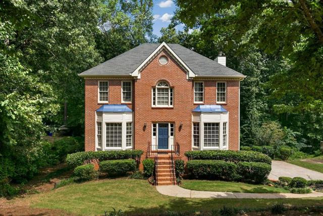 5207 Hickory Overlook, Woodstock, GA 30188 (MLS #6065061) :: The Russell Group
