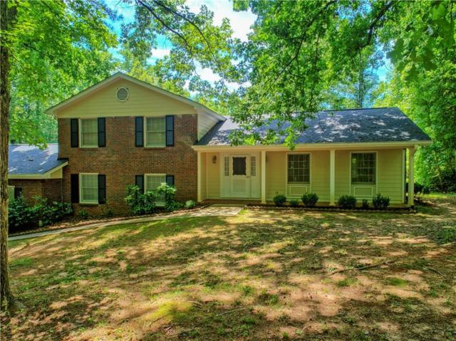 108 Carriage Lane, Peachtree City, GA 30269 (MLS #6071981) :: The Cowan Connection Team