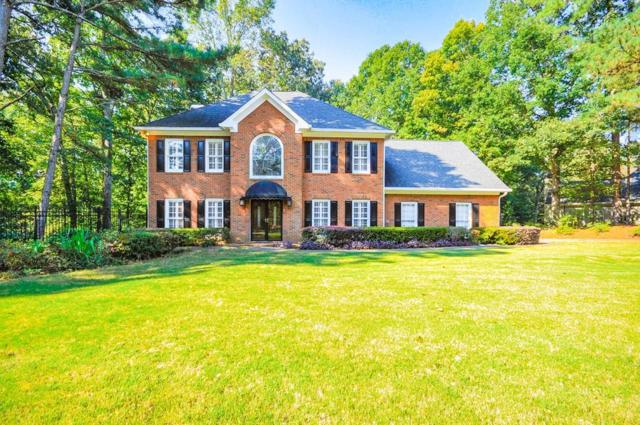 4610 Guilford Forest Drive SW, Atlanta, GA 30331 (MLS #6075388) :: The Cowan Connection Team