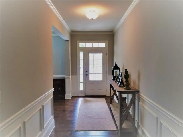 6733 Lazy Overlook Court, Flowery Branch, GA 30542 (MLS #6084031) :: Iconic Living Real Estate Professionals