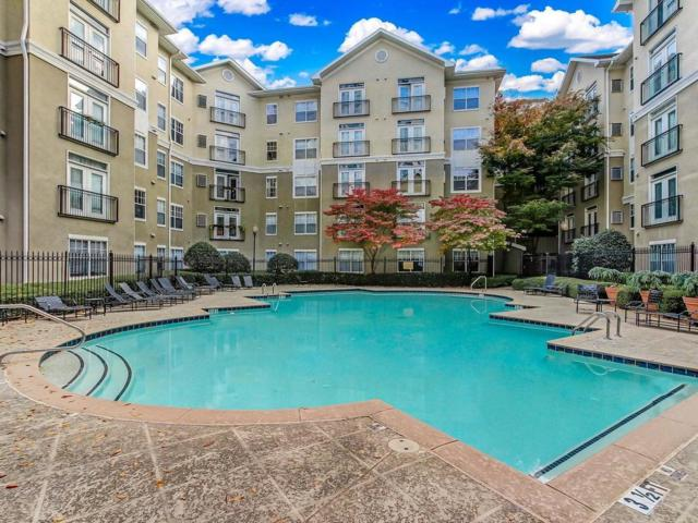 800 Peachtree Street NE #2504, Atlanta, GA 30308 (MLS #6097706) :: RE/MAX Paramount Properties