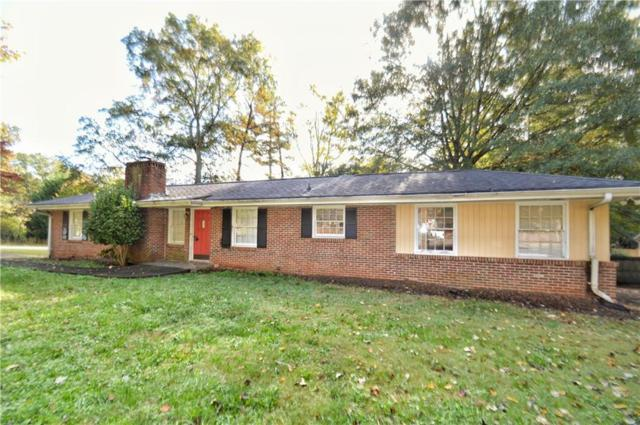 1896 Briarlake Circle, Decatur, GA 30033 (MLS #6097971) :: The Zac Team @ RE/MAX Metro Atlanta