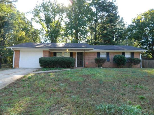 2222 Emerald Castle Drive, Decatur, GA 30035 (MLS #6100009) :: The Hinsons - Mike Hinson & Harriet Hinson