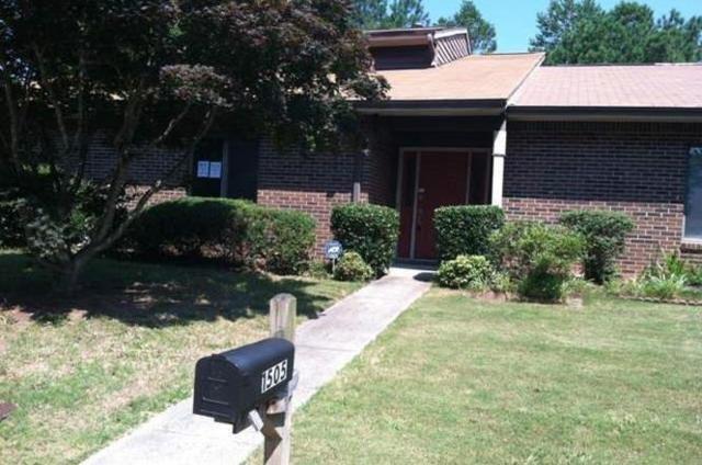 1505 Stoneleigh Circle, Stone Mountain, GA 30088 (MLS #6100572) :: North Atlanta Home Team
