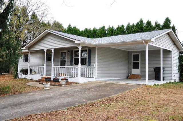 394 Castle Avenue, Winder, GA 30680 (MLS #6110411) :: The Holly Purcell Group