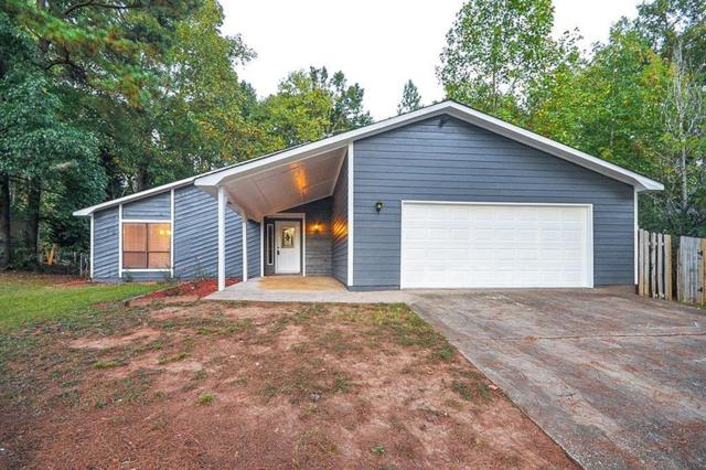 10805 Indian Village Drive, Alpharetta, GA 30022 (MLS #6111723) :: North Atlanta Home Team
