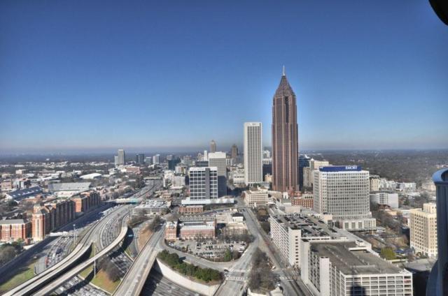 400 W Peachtree Street NW #3702, Atlanta, GA 30308 (MLS #6119979) :: The Zac Team @ RE/MAX Metro Atlanta