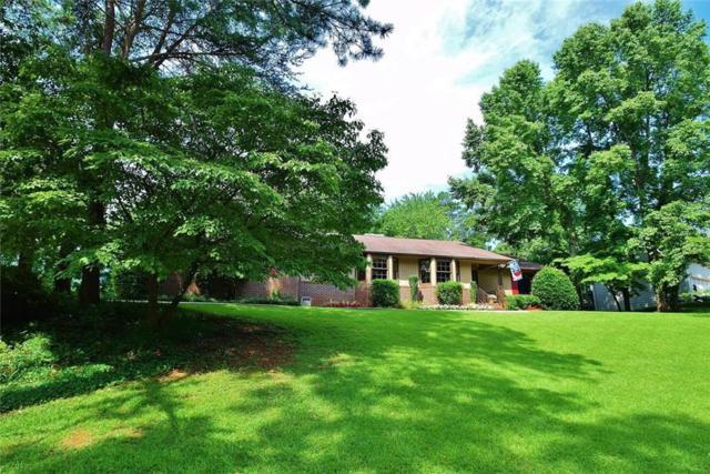 1371 Lakeshore Circle, Gainesville, GA 30501 (MLS #6121194) :: North Atlanta Home Team