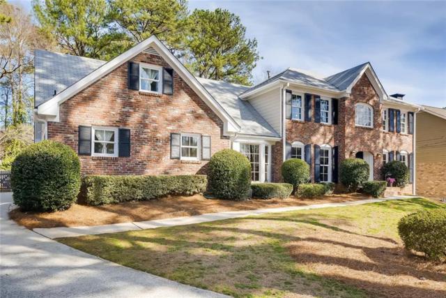1042 Redfield Lane, Dunwoody, GA 30338 (MLS #6503564) :: North Atlanta Home Team