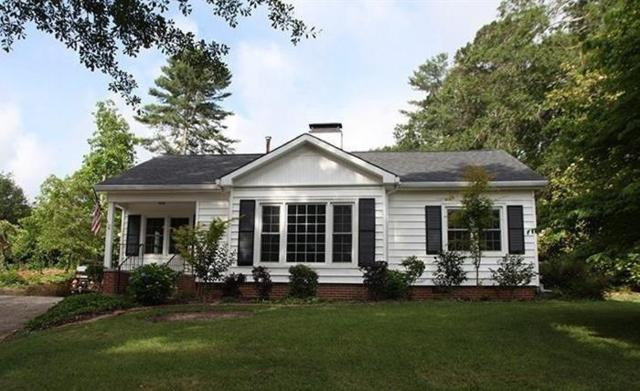 967 Chattahoochee Drive, Gainesville, GA 30501 (MLS #6505396) :: The Zac Team @ RE/MAX Metro Atlanta