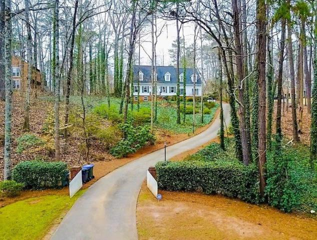 575 Steeple Run, Roswell, GA 30075 (MLS #6506553) :: North Atlanta Home Team
