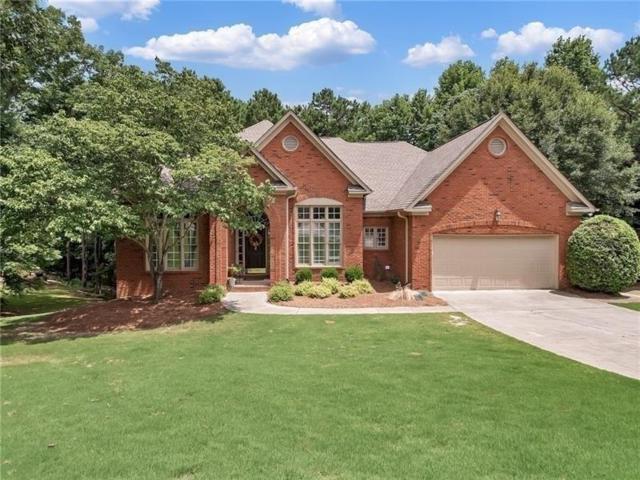 6620 Olde Atlanta Parkway, Suwanee, GA 30024 (MLS #6511132) :: The Hinsons - Mike Hinson & Harriet Hinson