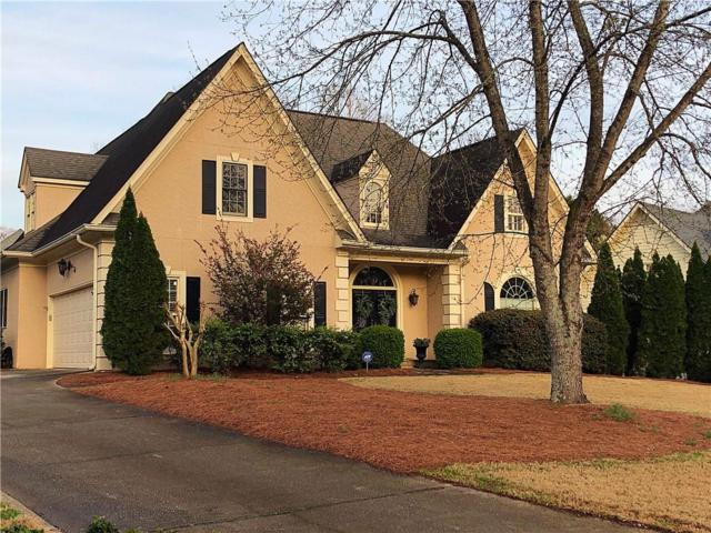 5273 Brooke Farm Drive, Dunwoody, GA 30338 (MLS #6519100) :: The Zac Team @ RE/MAX Metro Atlanta
