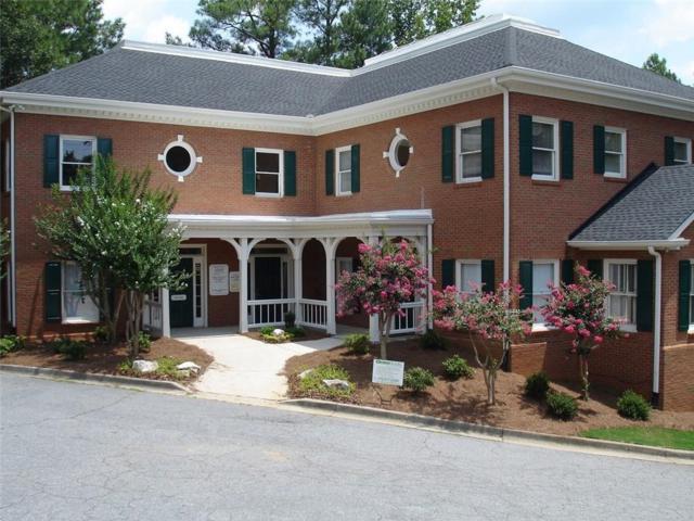 1744 Roswell Road #300, Marietta, GA 30062 (MLS #6521034) :: Iconic Living Real Estate Professionals