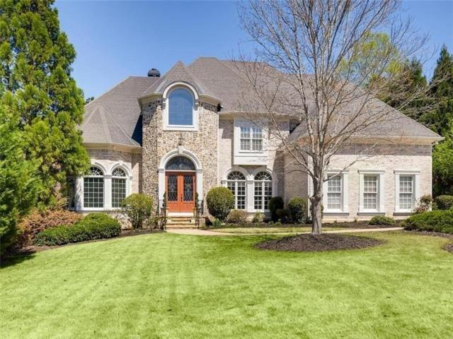 395 Winn Park Court, Roswell, GA 30075 (MLS #6525929) :: Iconic Living Real Estate Professionals