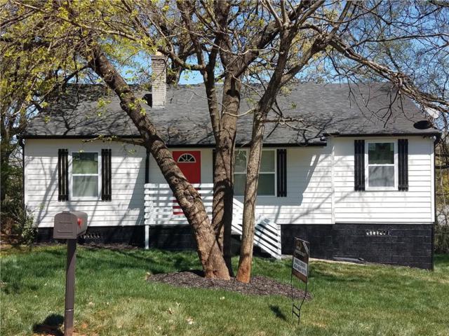 1688 Oak Knoll Circle SE, Atlanta, GA 30315 (MLS #6526031) :: KELLY+CO