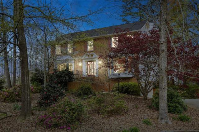 4983 Bridgeport Lane, Peachtree Corners, GA 30092 (MLS #6529669) :: The Hinsons - Mike Hinson & Harriet Hinson