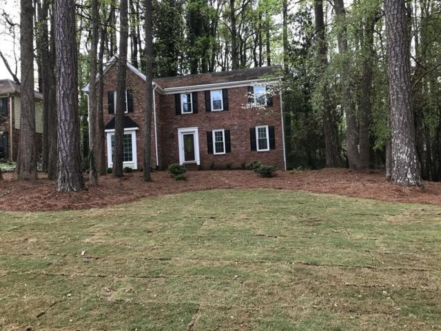 1017 Hidden Hollow Drive, Marietta, GA 30068 (MLS #6539281) :: RE/MAX Paramount Properties