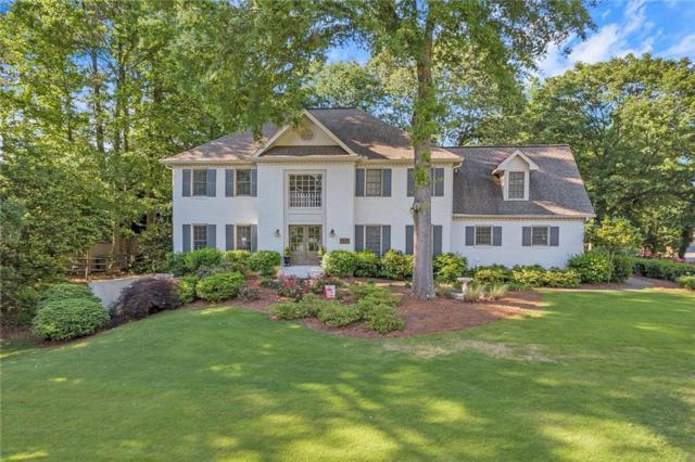 990 Brandon Ridge Drive, Roswell, GA 30075 (MLS #6552794) :: Barbara Buffa