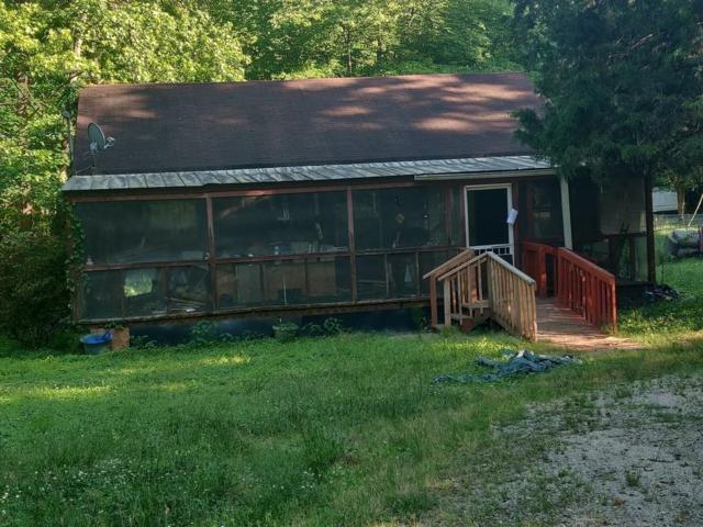 686 Peachtree Road, Jefferson, GA 30549 (MLS #6555113) :: The Zac Team @ RE/MAX Metro Atlanta