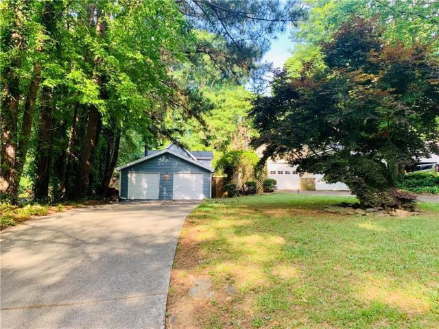 2983 Black Bear Drive SE, Marietta, GA 30067 (MLS #6558438) :: KELLY+CO