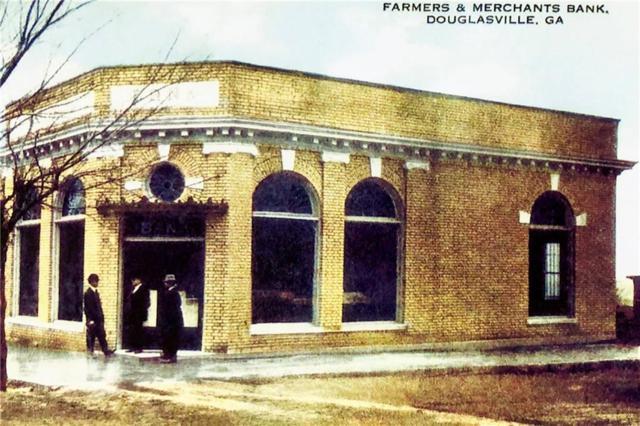 6636 Broad Street, Douglasville, GA 30134 (MLS #6566332) :: Dillard and Company Realty Group