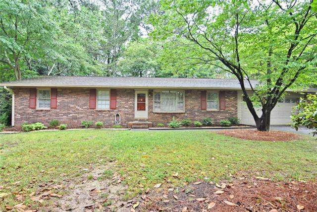 860 Forest Ridge Drive SE, Marietta, GA 30067 (MLS #6567175) :: North Atlanta Home Team