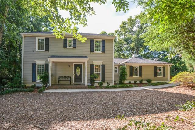 2824 Fontainebleau Drive, Dunwoody, GA 30360 (MLS #6569545) :: Rock River Realty