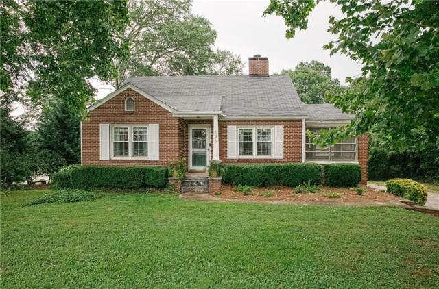 196 Main Street, Lilburn, GA 30047 (MLS #6575385) :: Charlie Ballard Real Estate